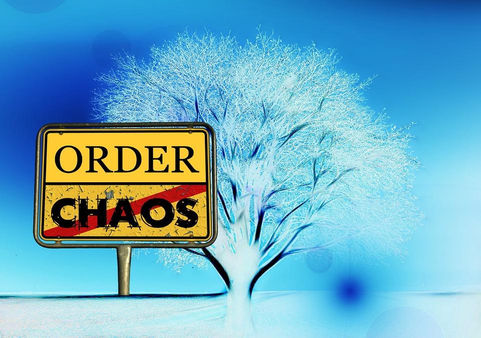 remettre de l'ordre avec le chaos